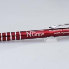 bordowy metalowy długopis z grawerem