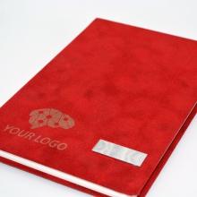 czerwony notes z grawerem