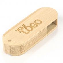 bambusowa pamięć podręczna z grawerem
